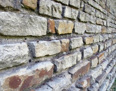 Our Retaining Walls - Pros and Cons